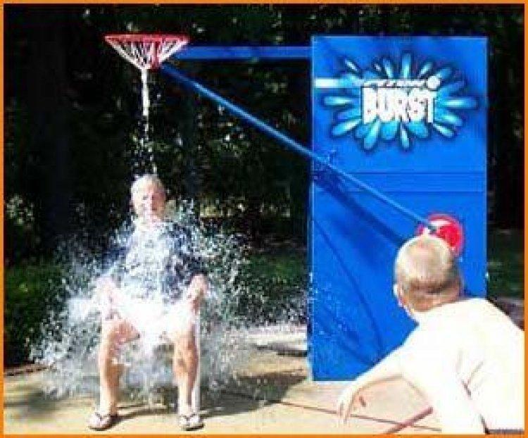 Pitch Burst Water Game