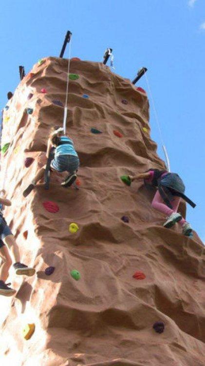 Rockwall 4 Climber