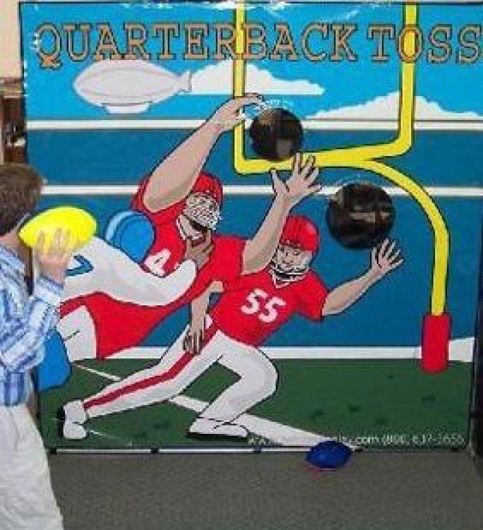 Quarterback Toss Game